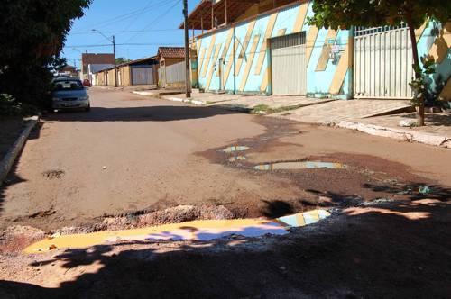 Penalidade para quem despeja água servida nas ruas fica mais rigorosa