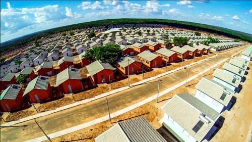 Presidenta Dilma e o prefeito Ronaldo Dimas entregam 1.788 casas do Minha Casa Minha Vida em Araguaína