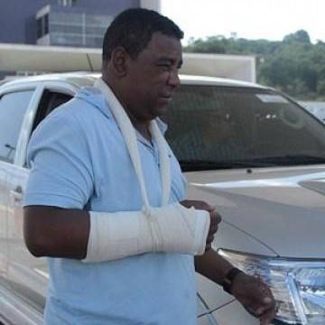 """""""Não sei como saímos vivos"""", diz vocalista do Raça Negra após acidente"""