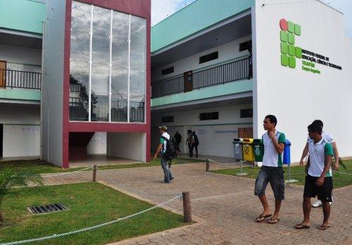 IFTO abre concurso para 46 vagas