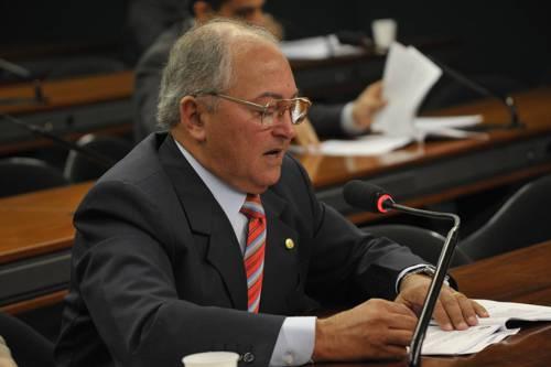 Levantamento mostra que Lázaro Botelho participou de todas as sessões da Câmara Federal