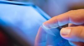 Malware observa toques na tela do celular para descobrir senhas