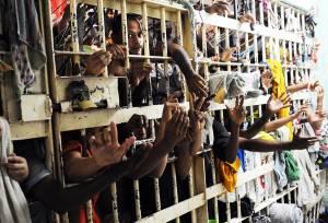 PEC acaba com auxílio-reclusão de criminoso e cria benefício para vítimas de crimes