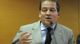 Eduardo Gomes destina emendas para APAEs do Tocantins