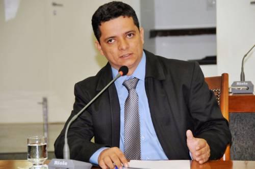 Deputado Jorge Frederico cobra mais segurança para Araguaína
