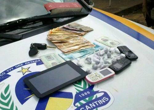 Casal de comerciantes é preso pela PM em Santa Fé por tráfico de drogas