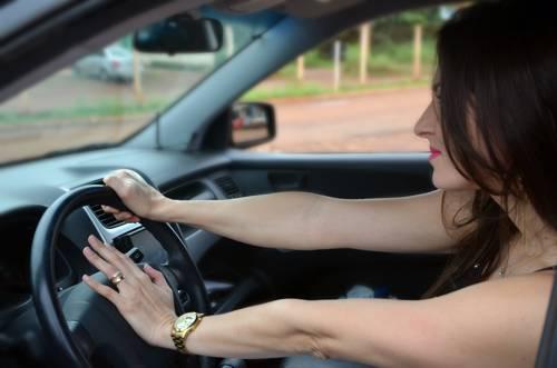 Atitudes simples podem evitar estresse no trânsito