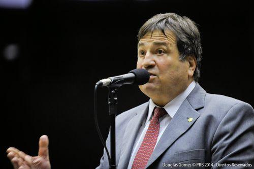 César Halum propõe PL pelo fim da validade dos créditos de telefonia pré-paga