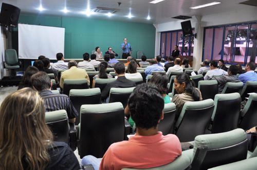 Movimento de reorganização do Tocantins instala comitê universitário na UFT
