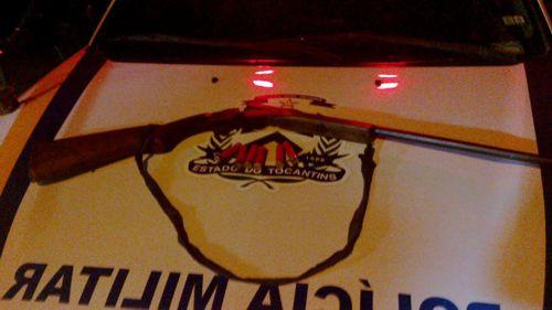 Acusado de violência doméstica é preso também por posse ilegal de arma de fogo