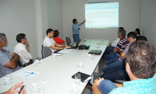 Prefeitos da região Centro-Norte participaram de reunião para definir estatuto do Consórcio Intermunicipal
