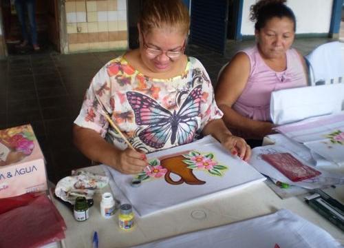 Em Araguaína, cursos profissionalizantes favorecem geração de emprego e renda