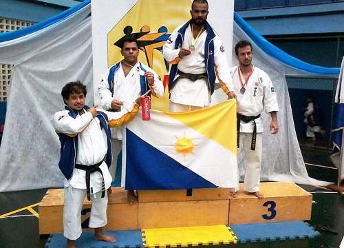 Servidores são campeões no Campeonato Brasileiro de Karatê