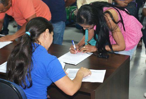 Empossados mais 70 novos servidores na prefeitura de Araguaína