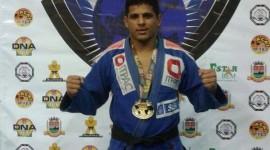 Atleta araguainense vence novamente campeonato mundial de Jiu-jitsu