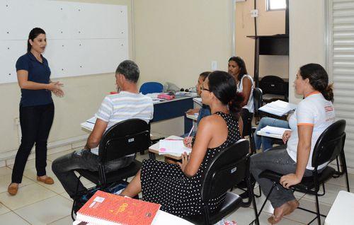 Comunidade do Costa Esmeralda participa de cursos profissionalizantes gratuitos