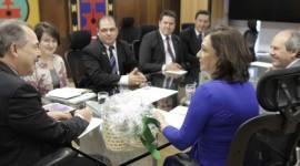 Kátia Abreu comemora a implantação do curso de medicina em Araguaína