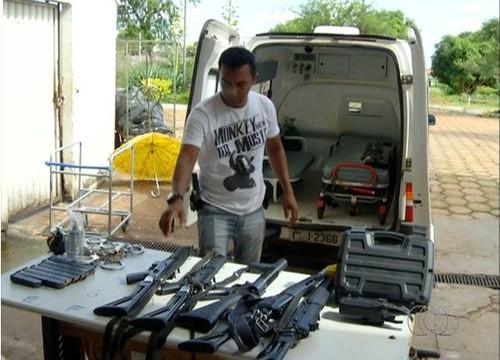 Policiais civis em greve entregam armas após medida do governo no TO