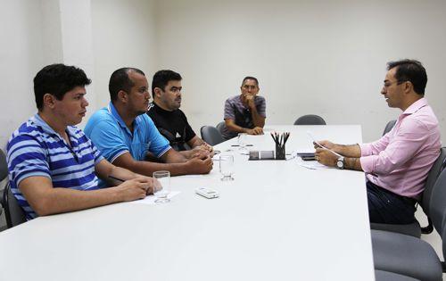 Servidores municipais de Araguaína têm aumento salarial de 4,7%