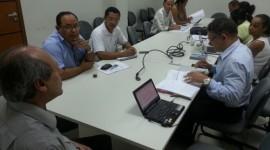 Prefeito e Secretários discutem com representantes do Sintet data-base da rede municipal de ensino