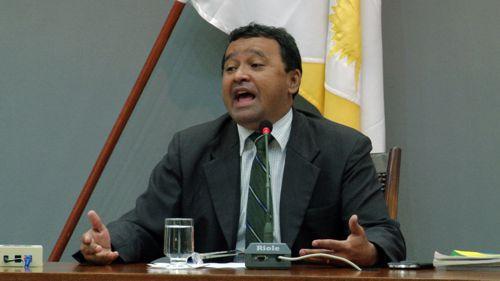 Elenil da Penha pede que governo mantenha diálogo com servidores