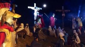 Paixão de Cristo emociona mais de 7 mil araguainenses na Sexta-feira Santa