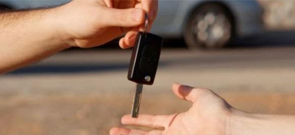 Defensoria alerta e aponta direitos sobre compra e venda de veículos