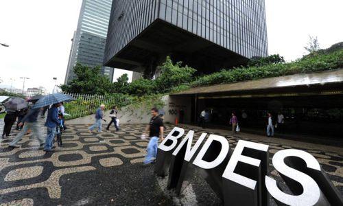 Câmara aprova fim do sigilo em operações de crédito do BNDES