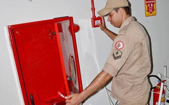 90% dos estabelecimentos vistoriados pelos bombeiros não possuem certificado de regularização