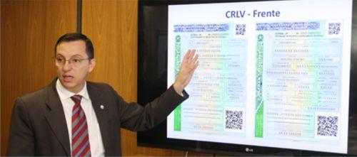 Carteira de habilitação e documentos veiculares terão mais itens de segurança em 2015