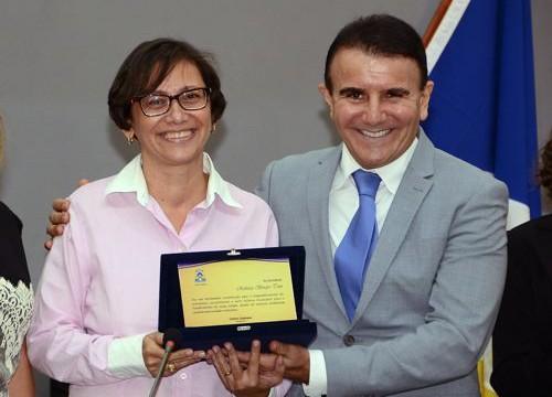Eduardo Siqueira homenageia jornalistas e defende criação de cargo de Assessor de Imprensa