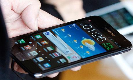 Smartphones já são 77,5% dos celulares do país