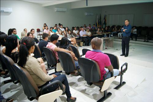 Professor Doutor David Normando estimula alunos da FACIT para prática da Pesquisa Científica