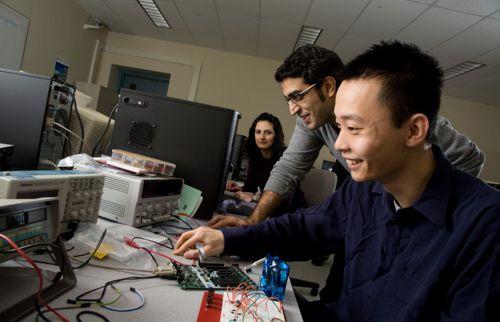 FACIT abre vagas para professores do curso de Análise e Desenvolvimento de Sistemas