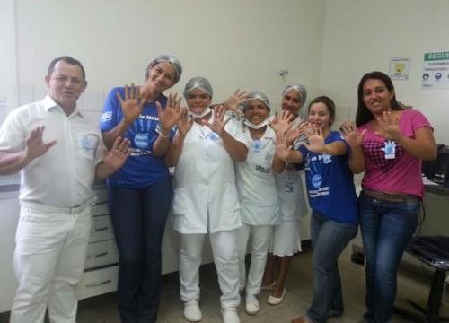 Pró-Saúde realiza campanha de conscientização sobre a importância da higienização das mãos