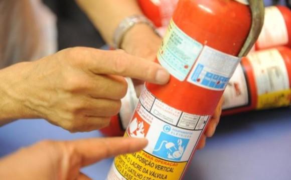 Obrigatoriedade do uso de extintor veicular ABC será prorrogada