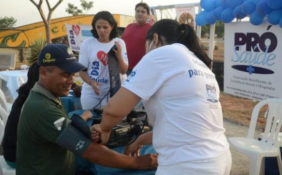 Pró-Saúde realiza 520 atendimentos na Marginal Neblina em Araguaína