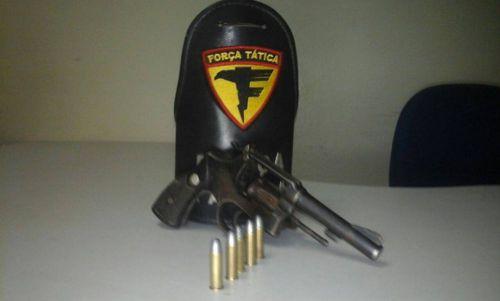 PM apreende arma de fogo em Araguaína