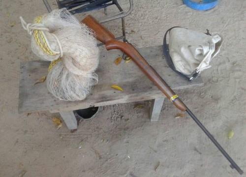 Arma de fogo e material de caça e pesca são apreendidos em Pau D'Arco