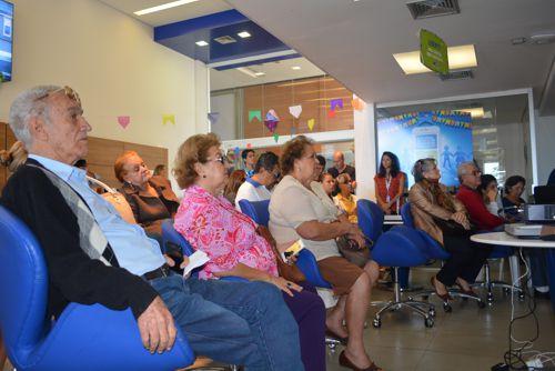 TIM realiza nova edição de workshop sobre smartphones para idosos em Palmas