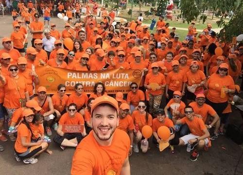 """Caminhada """"Passos que salvam"""" reúne 900 pessoas em Palmas"""