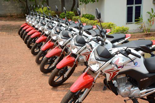 Prefeitura entrega 10 motocicletas novas ao Centro de Controle de Zoonoses