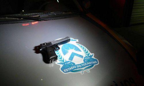 Dois são detidos pela PM após roubo com simulacro de arma de fogo em Araguaína