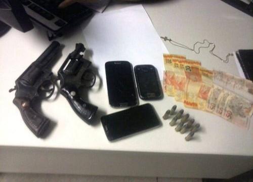 PM prende em Araguaína acusados de tentativa de roubo a comércio e apreende armas de fogo