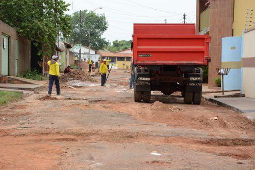 Prefeitura reconstrói seis ruas intrafegáveis do Bairro São João