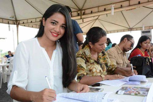 Assinados primeiros contratos do Residencial Parque do Lago em Araguaína