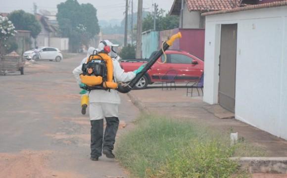 Controle químico é realizado no combate aoAedes aegyptiem Araguaína