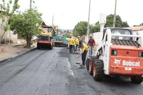 Mais cinco bairros de Araguaína serão beneficiados com recuperação de ruas