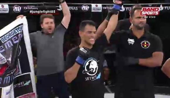 Campeão de MMA destaca apoio do Governo do Estado durante competição