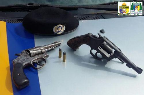 Em Araguaína quatro pessoas são detidas pela PM por porte ilegal de arma de fogo